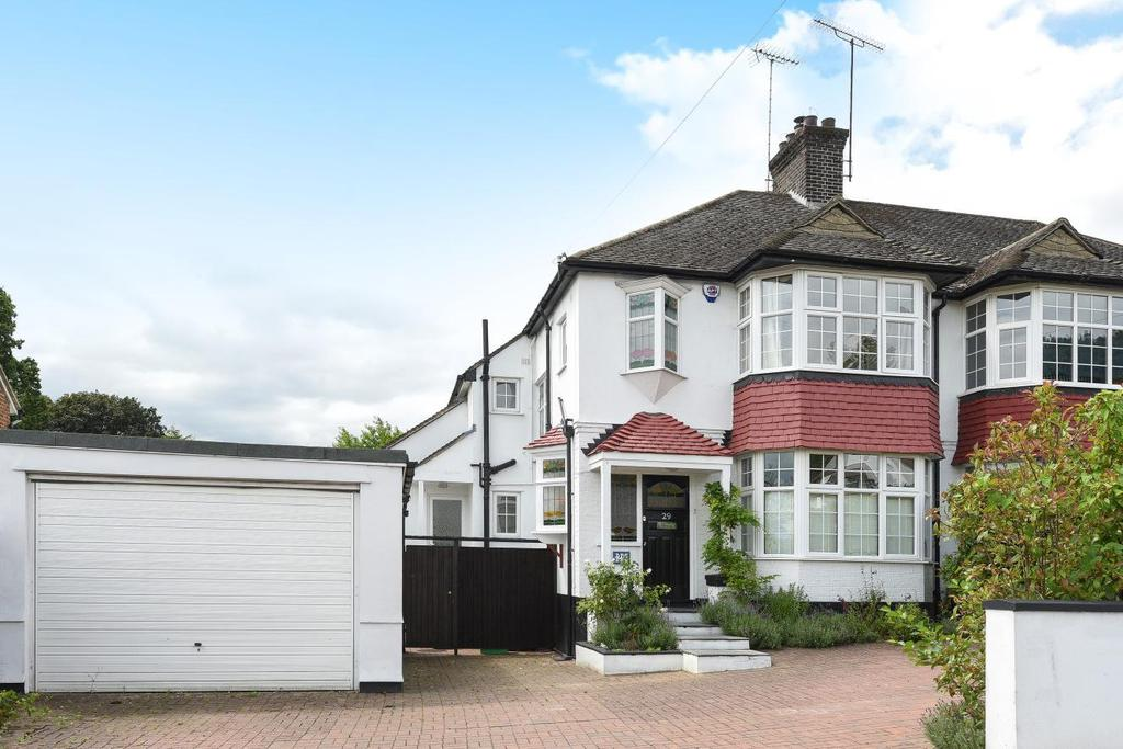 3 Bedrooms Semi Detached House for sale in Corkscrew Hill, West Wickham
