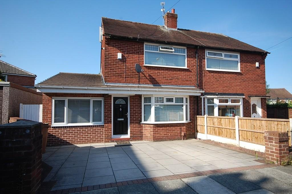 3 Bedrooms Semi Detached House for sale in Hexham Close, Nutgrove