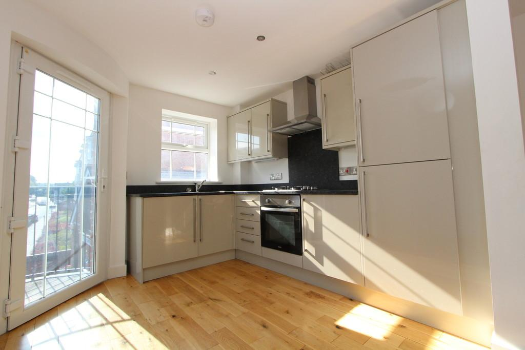2 Bedrooms Apartment Flat for sale in Swan Street, Petersfield