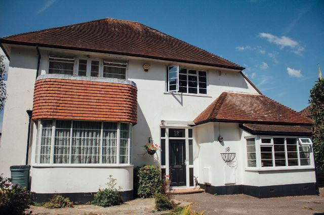 3 Bedrooms Detached House for sale in Ilex Way, Goring by Sea, West Sussex, BN12 4UZ