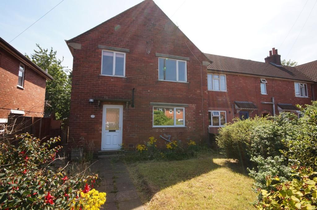 4 Bedrooms Semi Detached House for sale in Tower Avenue, Lincoln