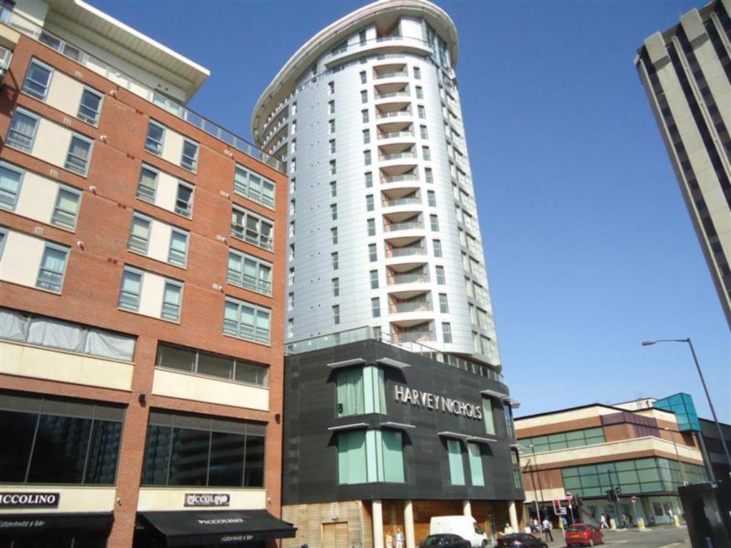 2 Bedrooms Apartment Flat for rent in Eclipse, Broad Weir, BS1 3DH