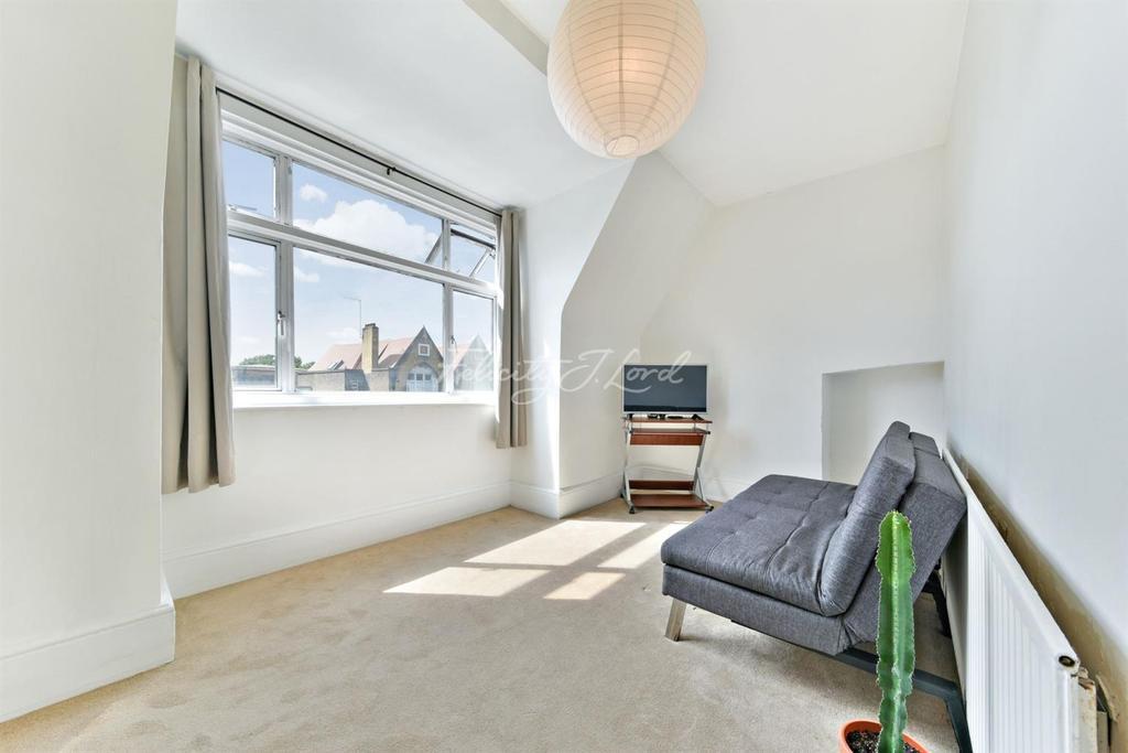 1 Bedroom Flat for sale in Mare Street, Hackney, E8