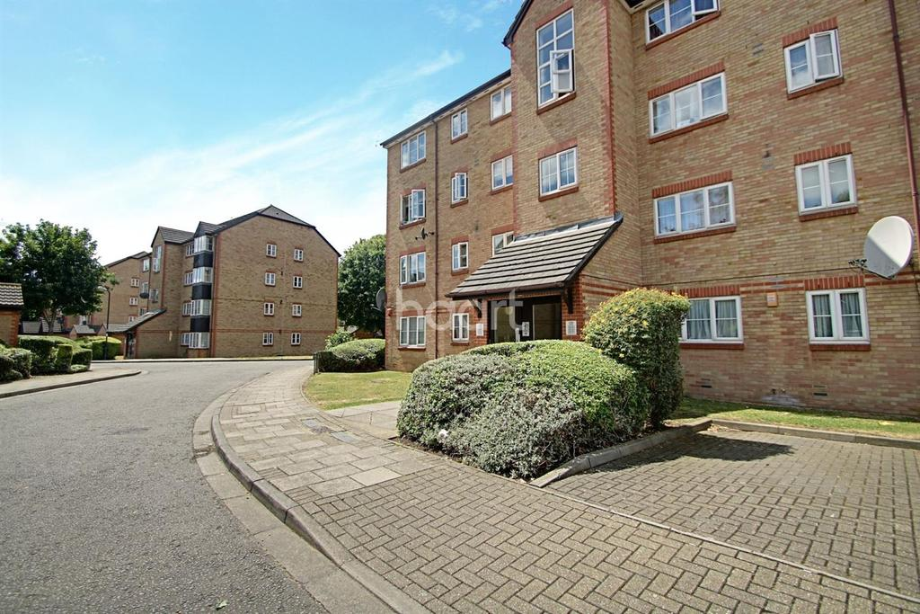1 Bedroom Flat for sale in Cygnet Close, London, NW10