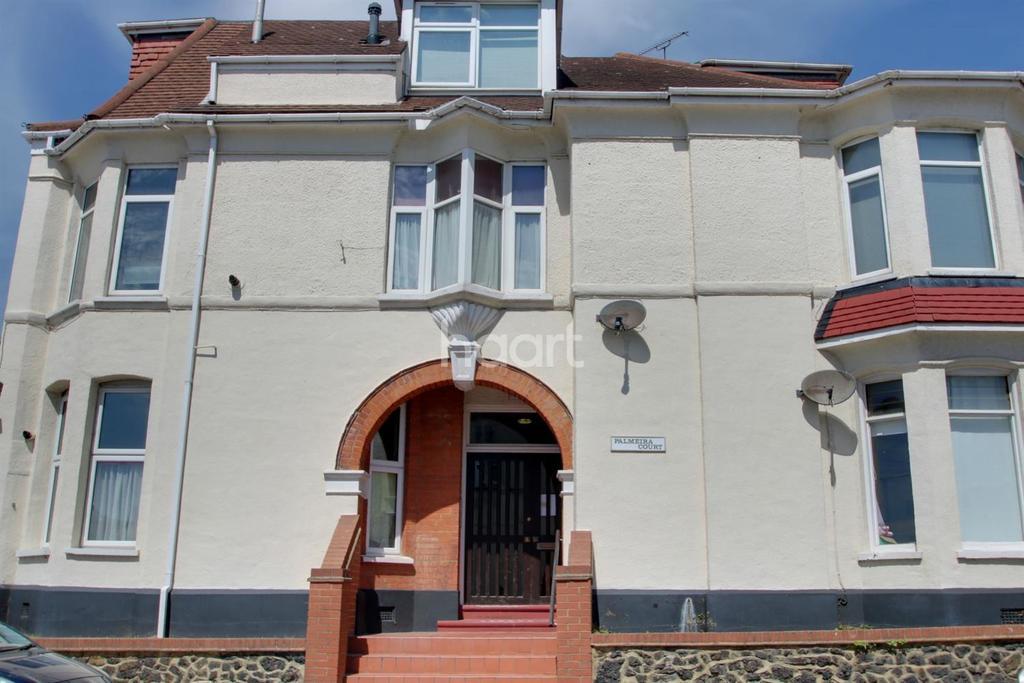 2 Bedrooms Flat for sale in Westcliff-on-sea