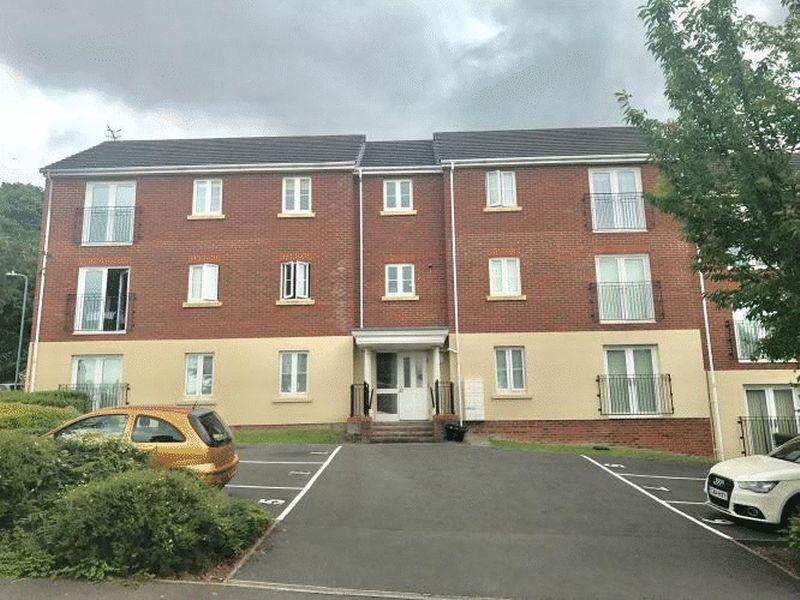 2 Bedrooms Apartment Flat for sale in 9 Geraint Jeremiah Close, Briton Ferry, Neath, SA11 2JY