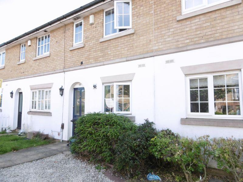2 Bedrooms Terraced House for sale in Hadley Grange, Church Langley