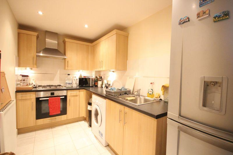 1 Bedroom Apartment Flat for sale in Black Eagle Drive, Northfleet