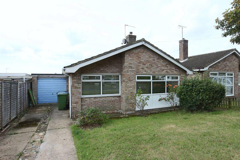 3 Bedrooms Detached House for sale in Glemsford Road, Lowestoft