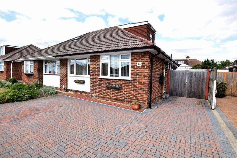 3 Bedrooms Bungalow for sale in Bramley Crescent, Bearsted