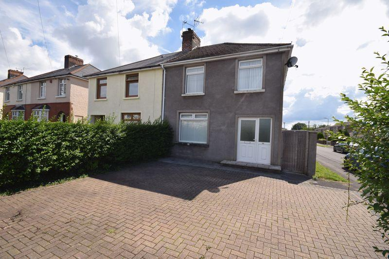 3 Bedrooms House for sale in Litchard Cross, Bridgend