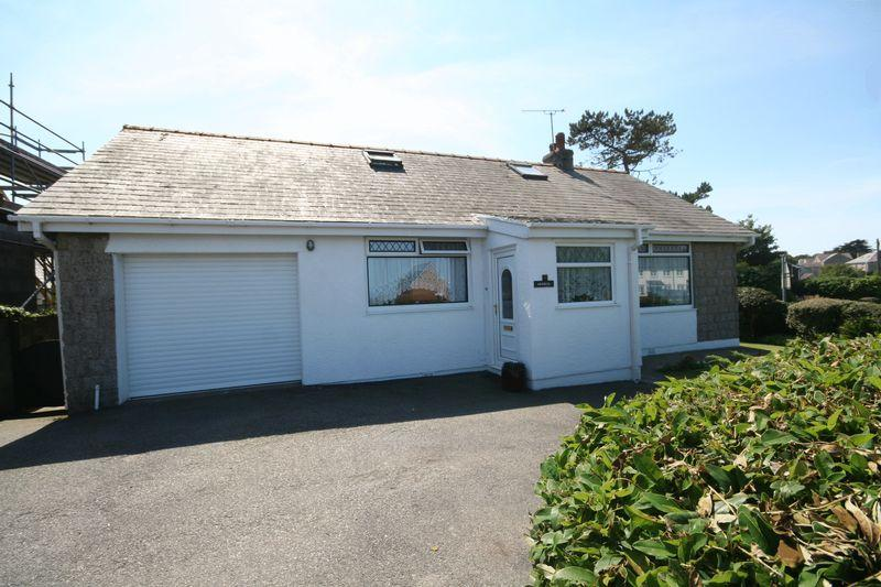 2 Bedrooms Detached Bungalow for sale in Southstack Road, Holyhead, Anglesey