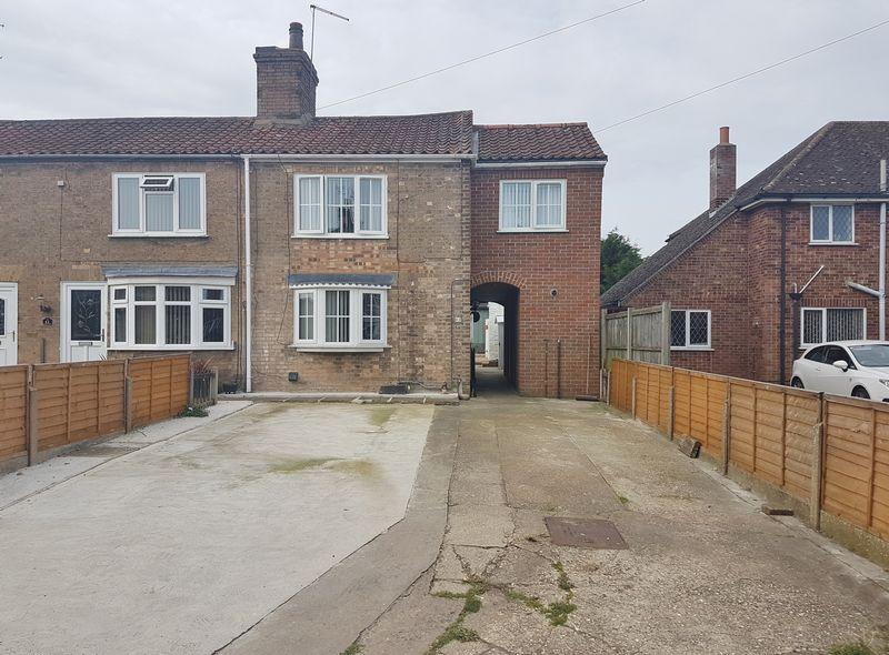 3 Bedrooms Terraced House for sale in Parsons Lane, Alford