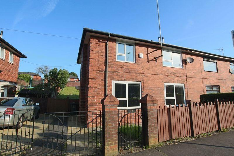 3 Bedrooms Semi Detached House for sale in Turf Hill Road, Rochdale OL16 4XG