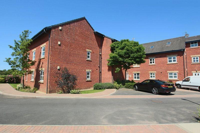 2 Bedrooms Apartment Flat for sale in Burns Court, Bamford, Rochdale OL11 5AR