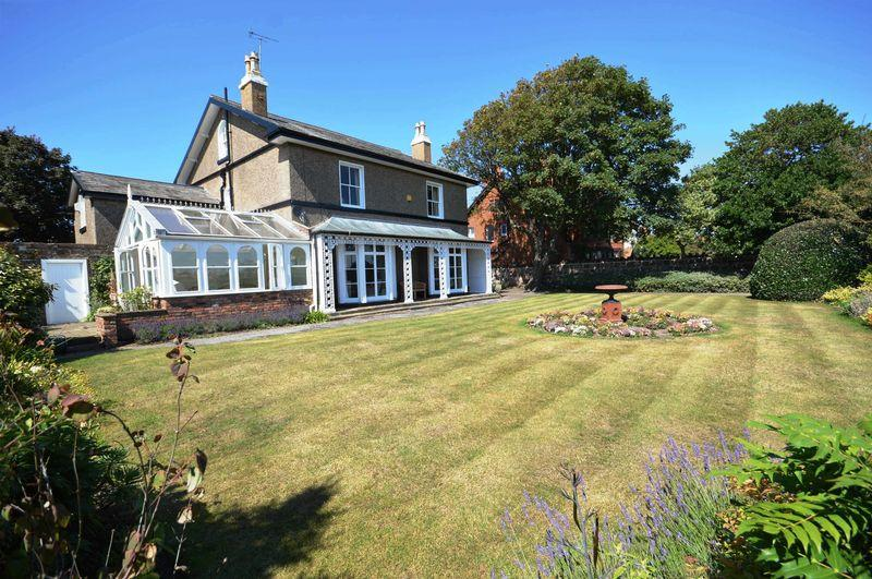5 Bedrooms Detached House for sale in 'Field House' 34 Stanley Road