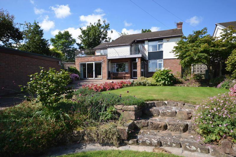 4 Bedrooms Detached House for sale in Ennisdale Drive, West Kirby