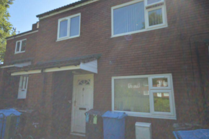 1 Bedroom Flat for sale in Deva Square, Oldham