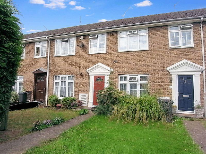 3 Bedrooms Terraced House for sale in 18 Broadacres, Guildford