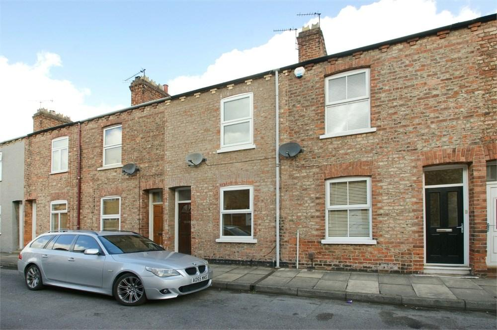 2 Bedrooms Terraced House for sale in Gladstone Street, Acomb, York, YO24