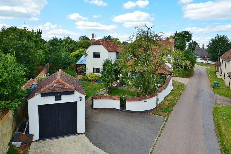 4 Bedrooms Detached House for sale in Church Lane, Chearsley