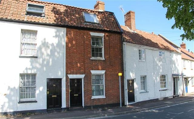 2 Bedrooms Terraced House for sale in Friarn Street, Bridgwater