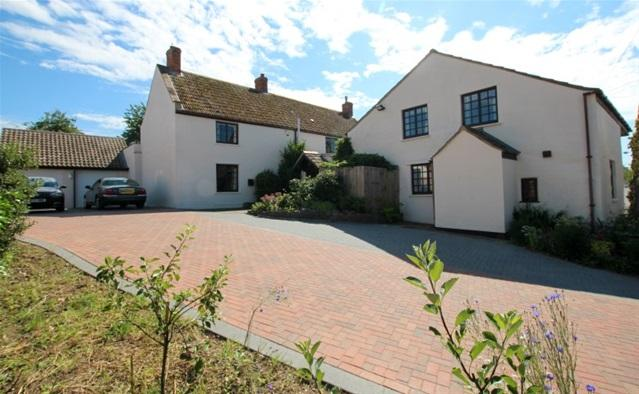 8 Bedrooms Detached House for sale in Lower Road, Woolavington, Bridgwater