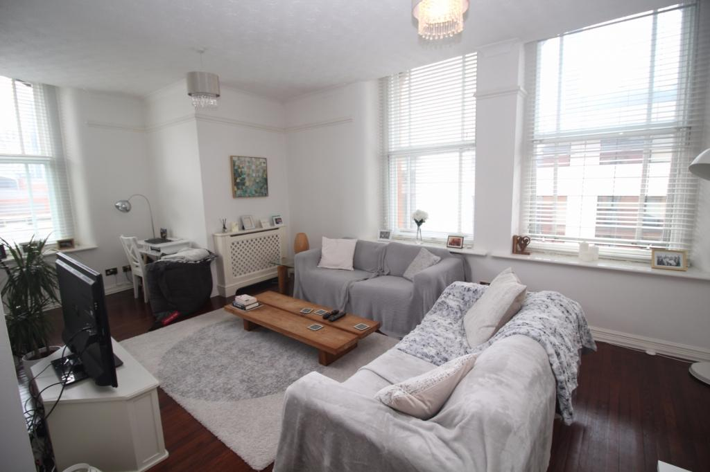 2 Bedrooms Apartment Flat for sale in Chepstow House, 16-20 Chepstow Street, Manchester, M1