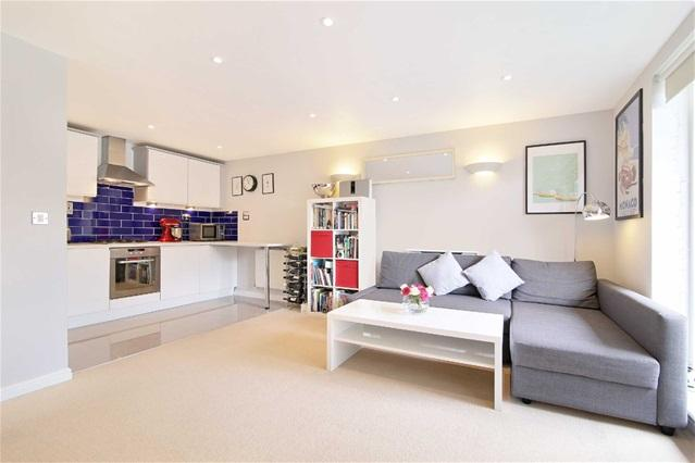 2 Bedrooms Flat for sale in Ammonite House, Stratford