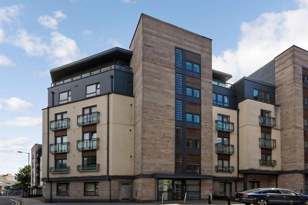 1 Bedroom Flat for sale in 15/5 West Tollcross, Tollcross, EH3 9QN