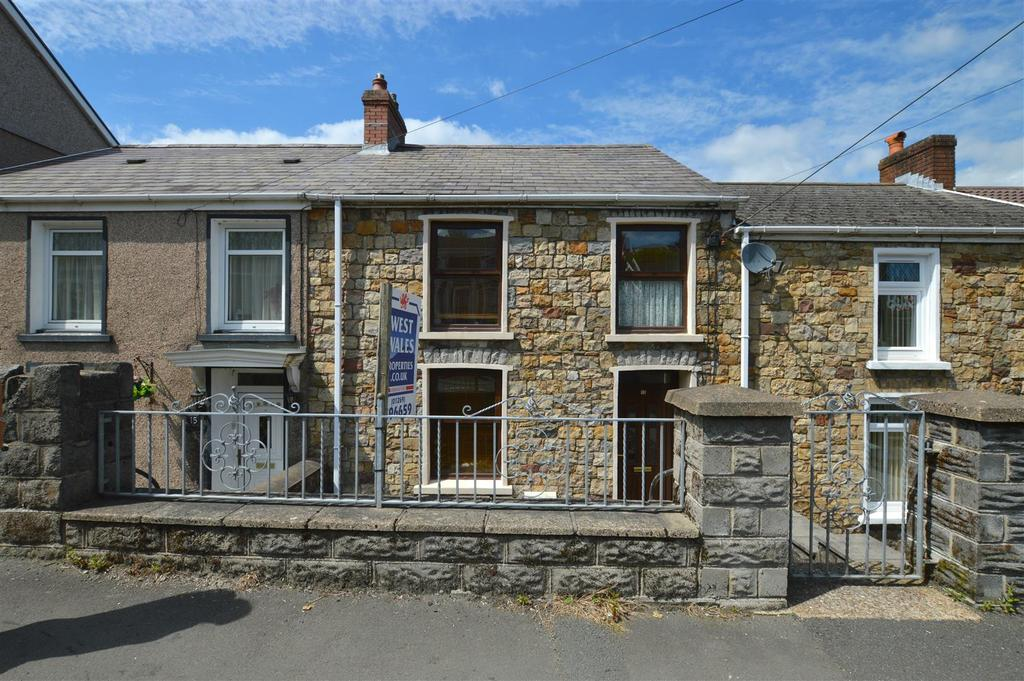 3 Bedrooms Terraced House for sale in Brynamman