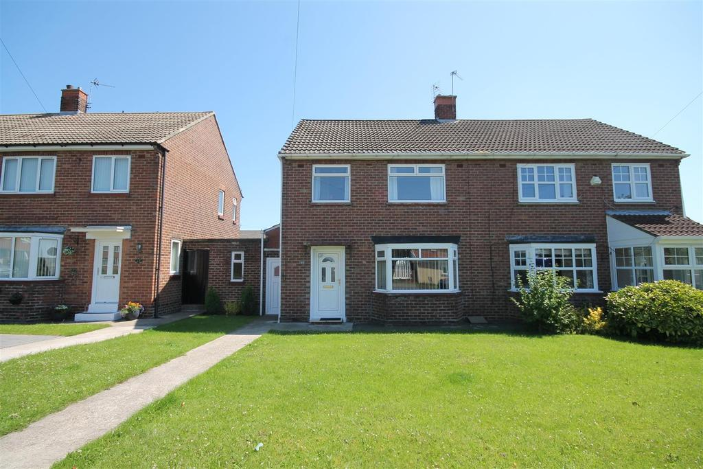 3 Bedrooms House for sale in Millfield Road, Fishburn, Stockton-On-Tees