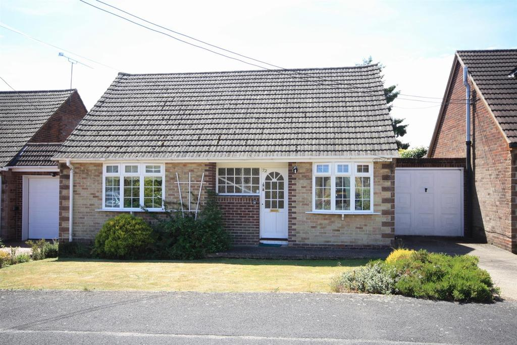 2 Bedrooms Detached Bungalow for sale in Whalesmead Road, Bishopstoke, Eastleigh