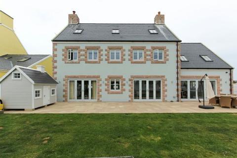 5 bedroom detached house for sale - , La Route De Vinchelez, St Ouen