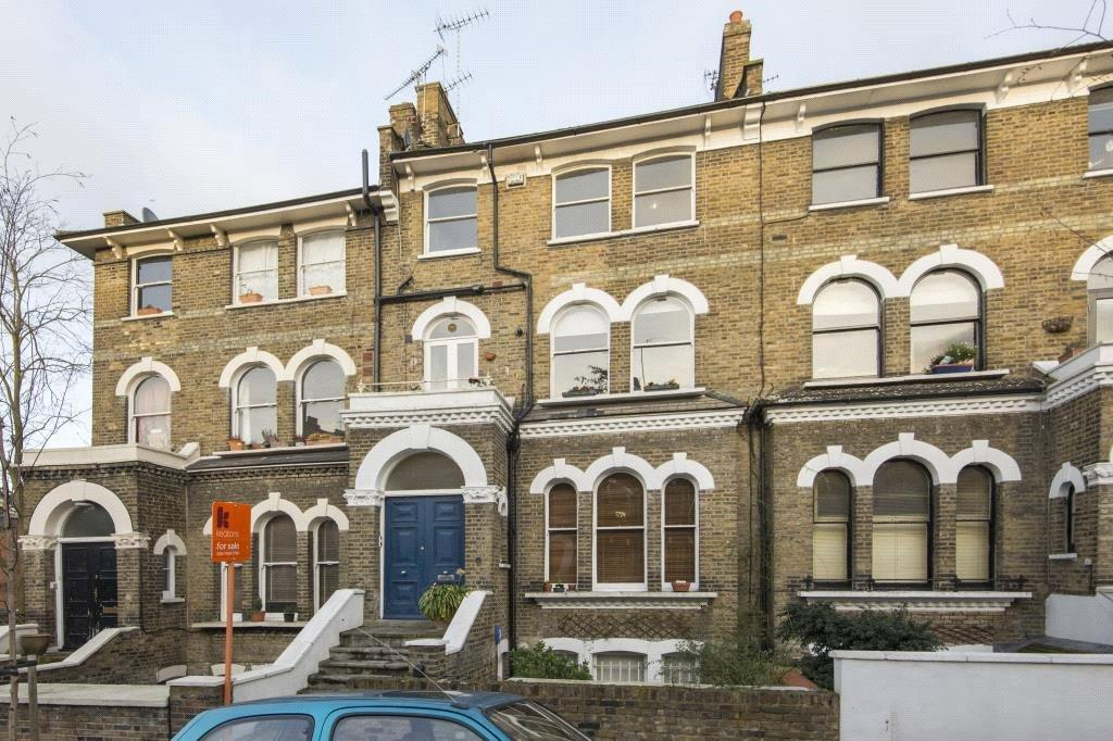 2 Bedrooms Flat for sale in Huddleston Road, London, N7