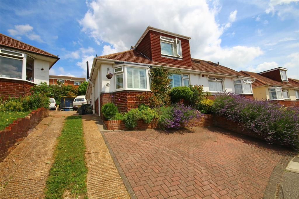 3 Bedrooms Semi Detached Bungalow for sale in North Lane, Portslade, Brighton