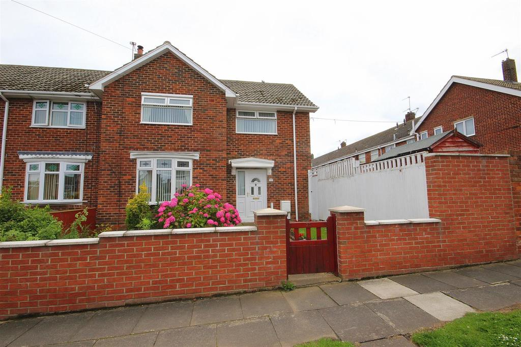 3 Bedrooms End Of Terrace House for sale in Dryden Road, Rift House, Hartlepool