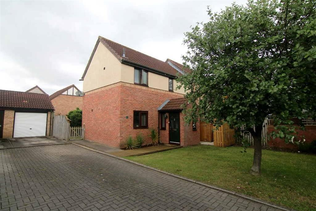 3 Bedrooms Semi Detached House for sale in Castlefields, Tattenhall