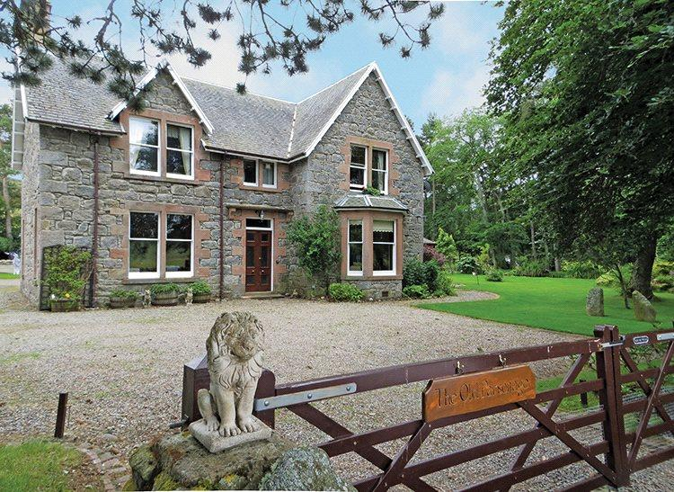 5 Bedrooms Detached House for sale in Aberarder, Inverness
