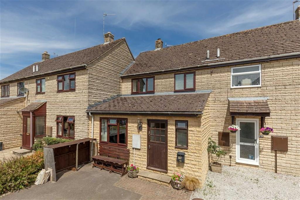 3 Bedrooms House for sale in Chapel Close, Leafield, Oxfordshire