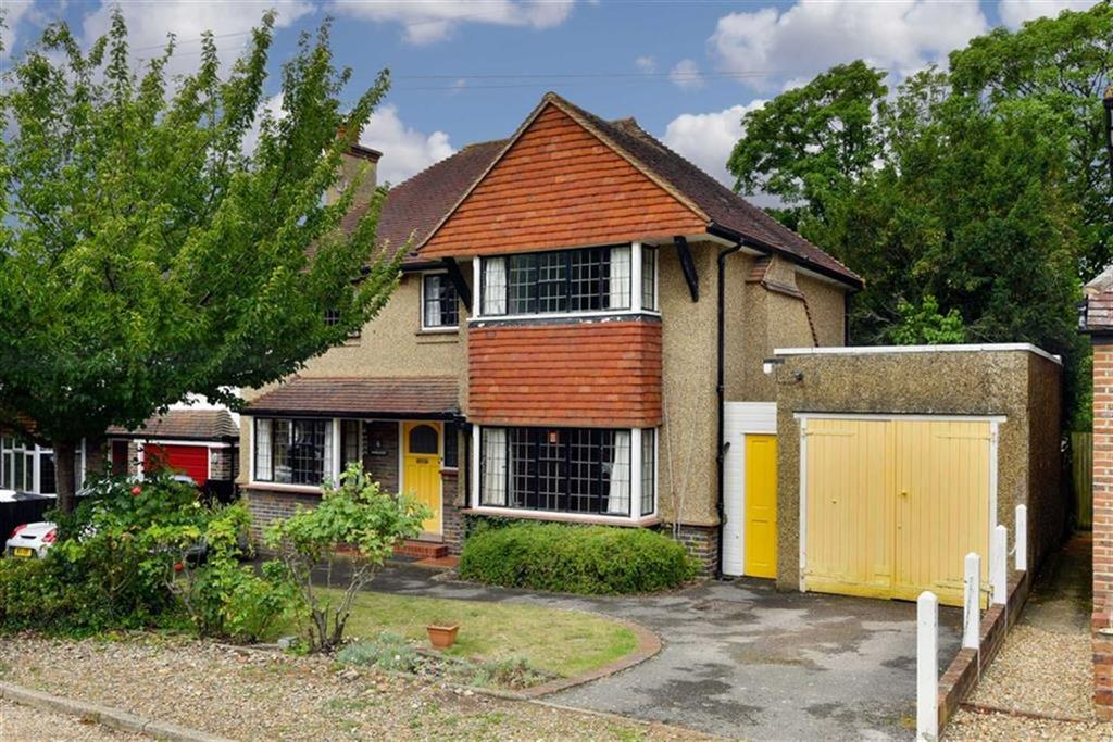 4 Bedrooms Detached House for sale in Birches Close, Epsom, Surrey
