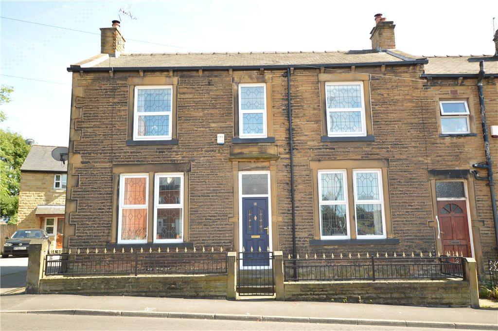 3 Bedrooms Terraced House for sale in Victoria Road, Morley, Leeds