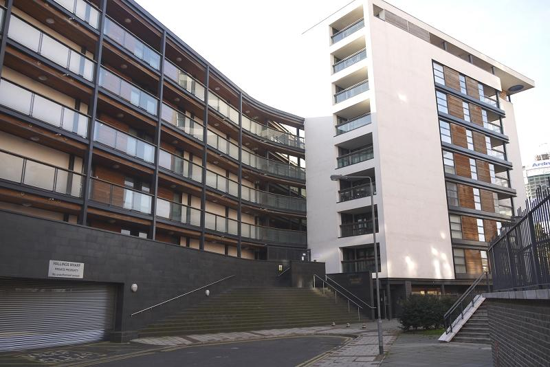 2 Bedrooms Apartment Flat for sale in Hallings Wharf , Channelsea Road, Stratford , London. E15
