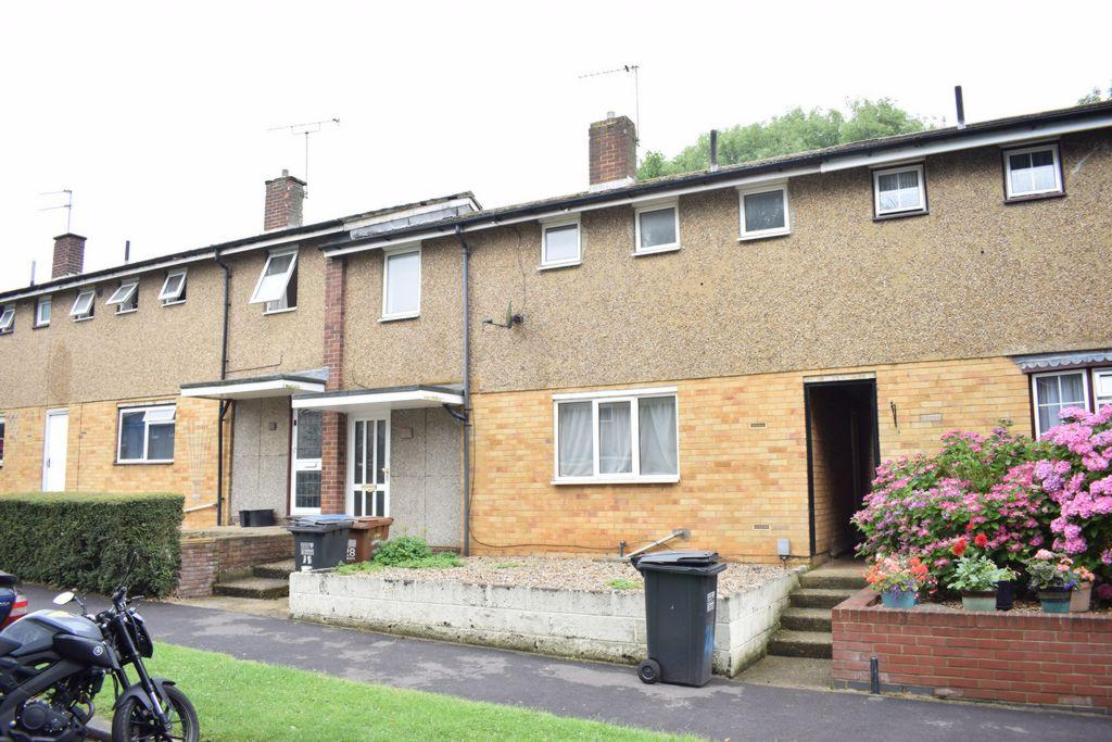 3 Bedrooms Terraced House for sale in Cheviots, Hatfield, AL10