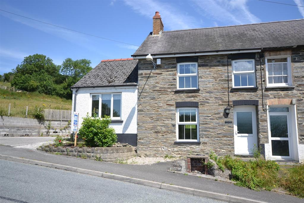 3 Bedrooms End Of Terrace House for sale in Cwm Cou