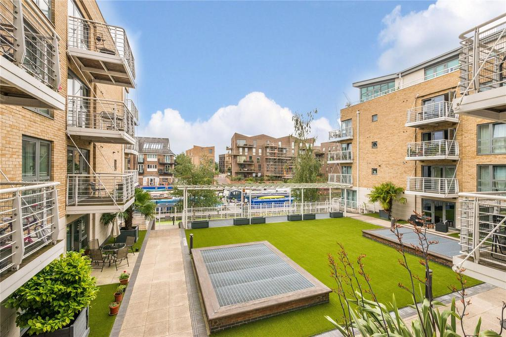 1 Bedroom Flat for sale in Moorings House, Tallow Road, Brentford, Middlesex