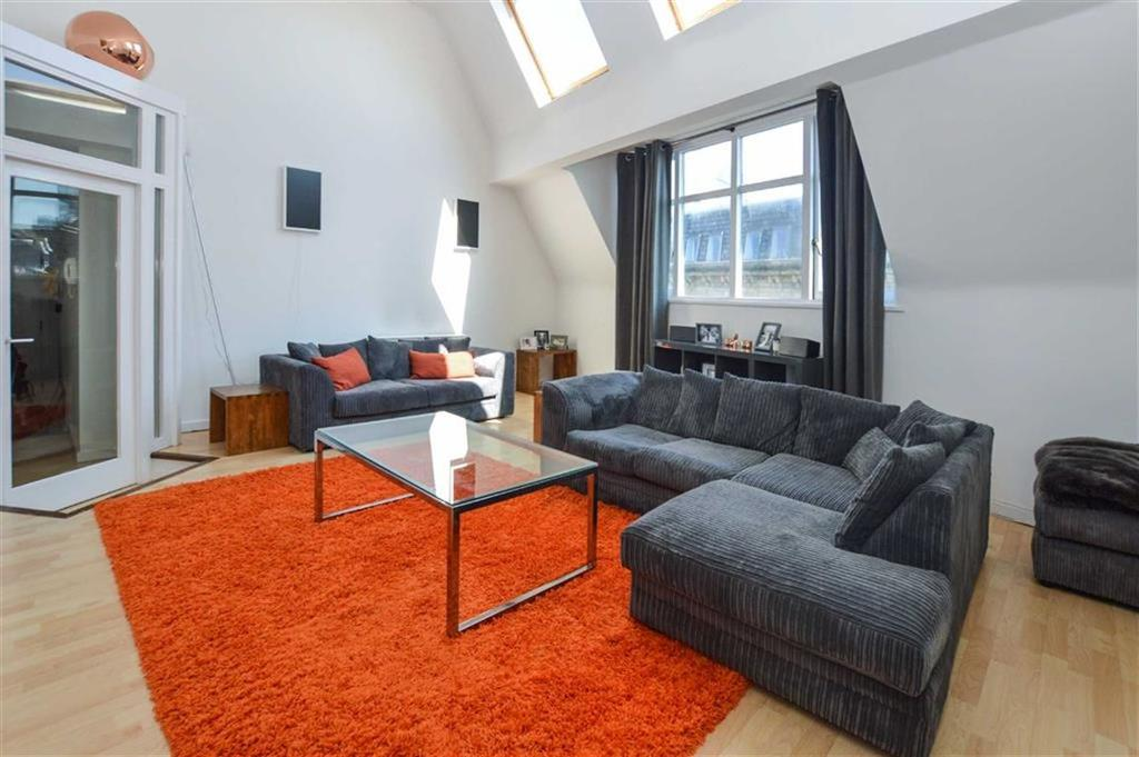 2 Bedrooms Apartment Flat for sale in Portland House, City Centre, Manchester, M1