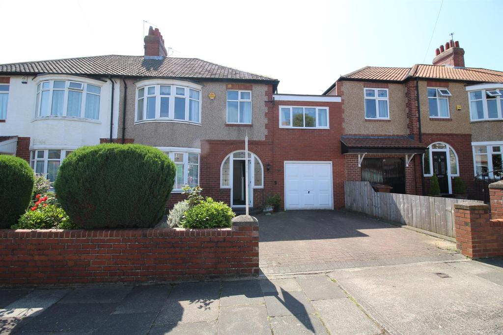 4 Bedrooms Semi Detached House for sale in Swarland Avenue, High Heaton, Newcastle Upon Tyne