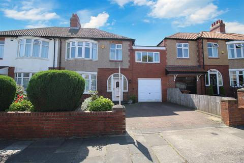 4 bedroom semi-detached house for sale - Swarland Avenue, High Heaton, Newcastle Upon Tyne