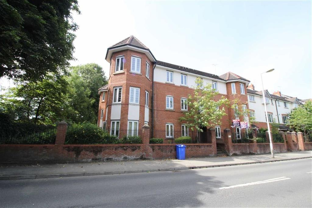 2 Bedrooms Flat for sale in Nell Lane, Chorlton, Manchester